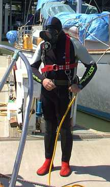 Sail boat inspection using a hookah